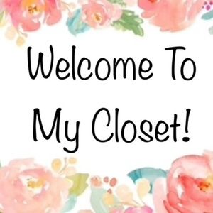 Welcome to my closet! ❤️